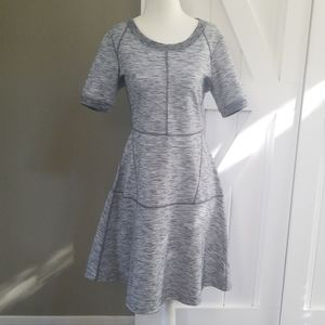 Athleta Structured Grey Dress Size Medium